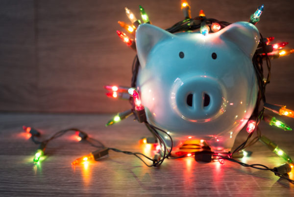 how to manage holiday spending